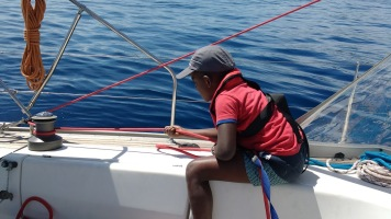 kids-sailing-ropes