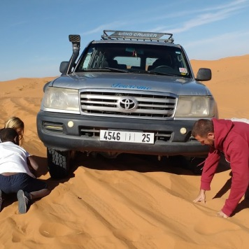 Desert driving tour