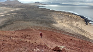 Hiking La Graciosa