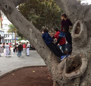 Kids exploring in Las Palmas