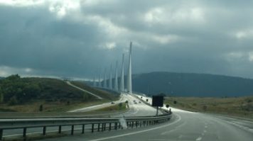 Car trip Millau viaduct